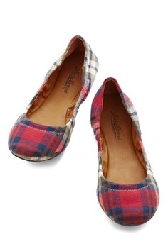 Frolic in Flagstaff Flat in Plaid. When you veer off Route 66 and into the altitude of this eclectic city, make sure one of these plaid flats by Lucky Brand is on the gas pedal. #red #modcloth