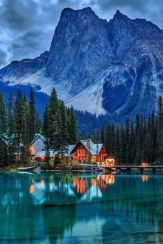 Emerald Lake in Yoho National Park, Canada Create amazing travel experiences! , Emerald Lake in Yoho National Park, Canada Create amazing travel experiences! Beautiful Places In The World, Beautiful Places To Visit, Places To See, Beautiful Park, Beautiful Scenery, Beautiful Homes, Yoho National Park, National Parks, Cool Landscapes