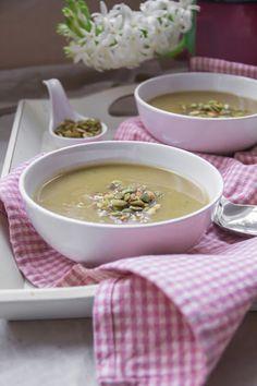 Zupa krem z pora z dodatkiem mirinu i wasabi