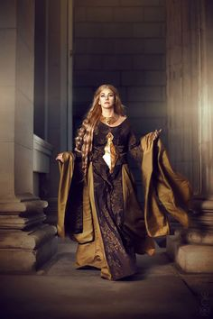 Cersei Lannister from Game of Thrones Cosplay http://geekxgirls.com/article.php?ID=3802