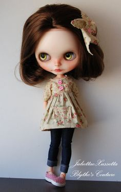 Blythe spring set with dress, jeans and hair pin by juliettaexussetta on Etsy