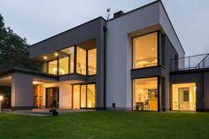 Piękna realizacja, z wykorzystaniem naszych okien, na dobranoc. 🌜⭐ Nowocześnie i minimalistycznie. Podoba Wam się? :)#Sokółka #OknaDrewniane