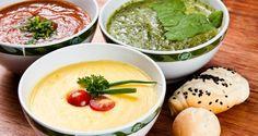 Meninas, vou passar para vocês cinco receitas de sopa de baixa caloria para manter a dieta e saúde na linha e com muito sabor. Vamos lá? Sopa de Legumes Calorias: 56 kcal Rendimento: 1 porção Ingredientes: 1 batata pequena 1... Soup Recipes, Great Recipes, Healthy Recipes, Sopas Light, Sopas Low Carb, Dietas Detox, Asian Soup, Dinner With Friends, Light Recipes