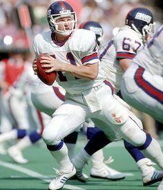 Phil Simms New York Giants Football, School Football, American Football, Football Players, Football Team, Football Helmets, Phil Simms, Beast Of The East, Go Big Blue