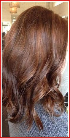 Do you want to update your look with a new hair color? In this post we have collected the pictures of Auburn Hair Colors You Should See ! Auburn hair color is perfect for autumn But may be wore for… Hair Color Auburn, Ombre Hair Color, Hair Color Balayage, Cool Hair Color, Brown Hair Colors, Hair Highlights, Auburn Highlights, Brunette Color, Red Ombre