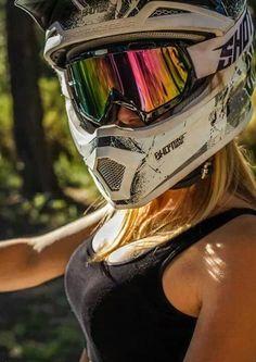 go hard at motocross. Motorcross Bike, Motocross Helmets, Motorbike Girl, Girl Bike, Moto Biker, Dirt Bike Gear, Atv Gear, Dirt Biking, Motocross Girls