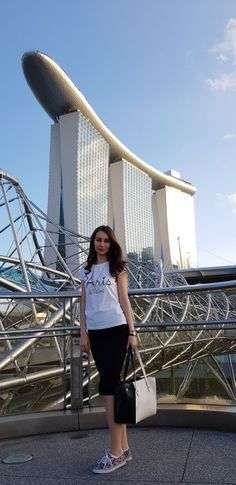 #singapore #girls #fashion http://www.stilettoandredlips.com/