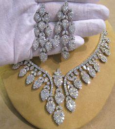 00622 NK 18K WG 72.05ct Diamond Set 1.jpg (10921219) - http://amzn.to/2goDS3g