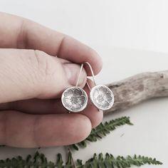 #silverearrings #sterlingsilver #handmade #jewelry #dangles #minimalistjewelry #christmasgifts #fashion #accessories