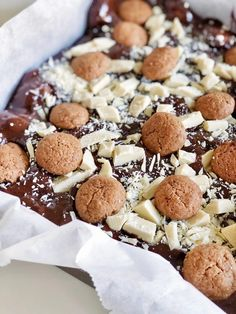 Blondies, Food Inspiration, Slow Cooker, Sweet Tooth, Cereal, Muffins, Bakery, December, Good Food