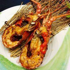 三重で食べた美味しいもの。鮑、松坂牛、伊勢うどん、赤福、そして、伊勢海老。隠れたグルメスポット?まだまだありそう。また行きたい。Have you been to Mie? You should. There are so many good #food and spots to enjoy.  #三重県 #伊勢海老 #伊勢 #日本 #日本グルメ #シリーズ日本 #mie #ise #iseebi #japan #japanesegourmet #ExquisitelyJapan