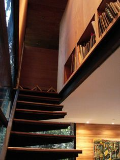 small house Casa Apolo 11 by Parra + Edwards Corner House, Stairway To Heaven, Home Studio, Green Building, Condominium, Stairways, Apollo, My Room, My House