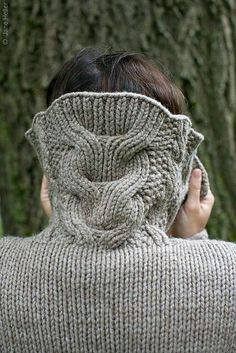 Cable collar sweater