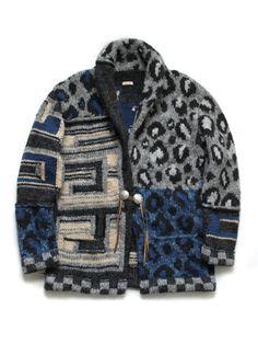 複雑なジャガード編みを複数組み合わせ、...