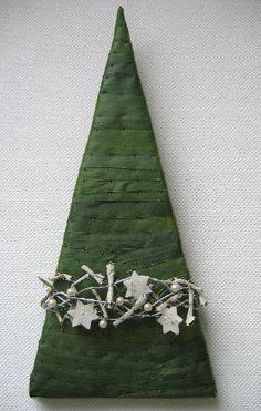 Kerstboom knutselen; een decoratief kerststuk
