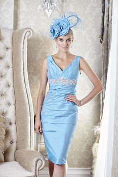 18a465af19d 5.V-neck dress with empire line detail from the Belgravia collection by Ian