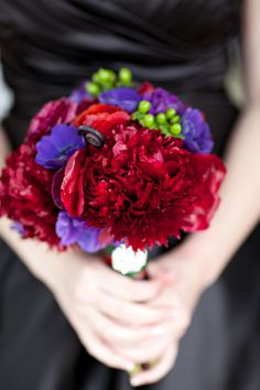 The bridesmaids bouquets. The MOH had a rhinestone on hers.