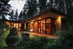 Brandes Residence, by Frank Lloyd Wright; Sammamish, Washington