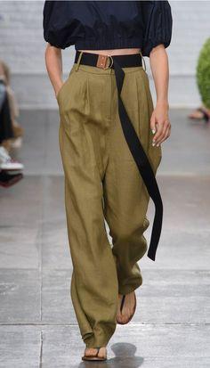 Extra long belt trend
