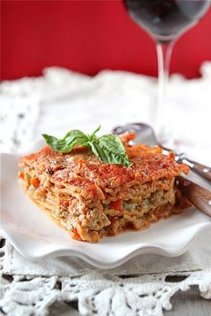 healthy lasagna with turkey, pesto and peppers