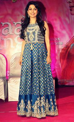 Juhi Chawla promotes her upcoming film Gulaab Gang in Film City, Mumbai. Oriental Fashion, Indian Fashion, High Fashion, Dress Fashion, Indian Attire, Indian Wear, Pakistani Outfits, Indian Outfits, Juhi Chawla