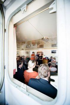 ...free wedding on an old icebreaker (Hamburg/Germany)