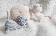 Cats by biaoag. FREE cat pattern can be found here: http://www.lovecrochet.com/independent-designers/?designer_name=43741&a_aid=de0aeb25 ❤️ #littlebearcrochets #amigurumi