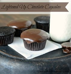 less calorie chocolate cupcake recipe, low fat cupcakes, low fat chocolate dessert, healthier cupcakes, ATK chocolate cupcakes, ATK Comfort Food Makeovers