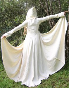 white hooded elven coat <3...only I don't like white clothes.