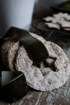 Milk and cookies for Saint Nick?  Elegant capture from Marie Elisabeth's blog.  -- Eve.