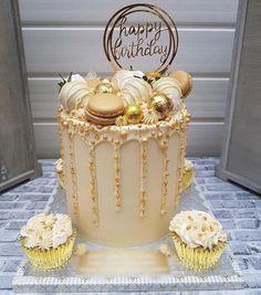 Elegant Birthday Cakes, 21st Birthday Cakes, Beautiful Birthday Cakes, Beautiful Cakes, Birthday Bash, Birthday Ideas, Birthday Cards, Happy Birthday, Golden Birthday Cakes