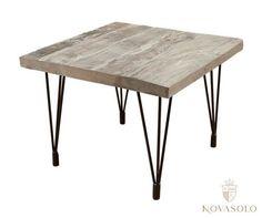 Tøft og rustikt Old Amsterdam sidebord produsert av resirkulert eik med et stilig og minimalistisk understell i jern. Hvert enkelt bord vil være helt unikt og fargevariasjoner vil forekomme.Mål:Lengde 60 cmBredde 60 cmHøyde 45 cmMateriale:EikVedlikehold:Vi anbefaler bruk avAntikvax.Reduserer sprekker, smuss, forenkler renhold og tilfører mer fuktighet til trevirket, påføres umiddelbart.Tips, råd og annen informasjon:Varen er produsert i eik som er et levende materiale. Treve...