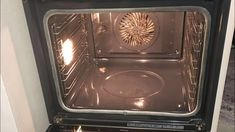 If You're Bored With Oven Cleaning Try This Method Oven Cleaning, Cleaning Hacks, Vlog Youtube, Spa Deals, Homemade Beauty Products, Clean House, Cheap Cruises, Decoration, Diy And Crafts