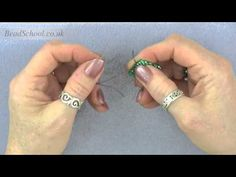 ▶ Beadschool Tutorial - Tips & Tricks: How to finish off a thread. - YouTube