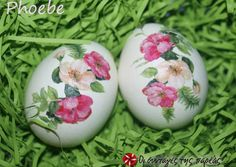 Easter eggs with the technique of decoupage- Πασχαλινά αυγά με την τεχνική του decoupage Easter eggs with the technique of decoupage - Gifts For Boys, Gifts For Family, Handmade Candles, Handmade Gifts, Beading Projects, Crochet Gifts, Crochet Baby, Sweet And Salty, Easter Recipes
