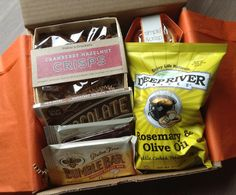 Knoshbox Review - Monthly Gourmet Food Subscription Box