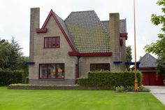 Amsterdamse School - Usquert. Architect Willem Reitsema.
