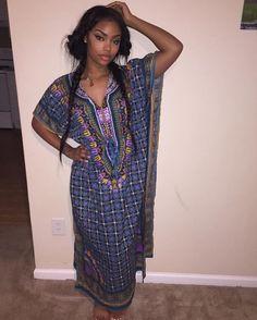 Bombshells : Photo on We Heart It homie comfy clothes djelaba daishiki dress beauty cutie black girl Black Girls Rock, Black Girl Magic, Hebrew Israelite Clothing, Divas, Nordstrom, Thing 1, How To Pose, Beautiful Black Women, Pretty Black
