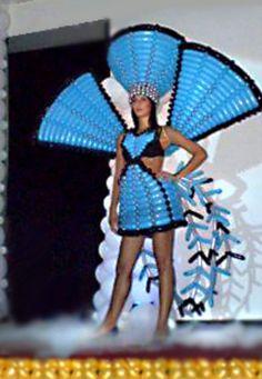 Balloon dress sculpture. Balloon sculpture fashion. #balloon #dress #sculpture…