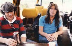Brian Johnson y Cliff Williams ⚡️80s