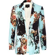 Blue floral print open front blazer €65.00