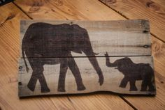 Elephant art Pallet art Elephant painting Wooden sign Rustic wall decor Outdoor art Unique gift Wooden wall hanging Simply Pallets Rustic