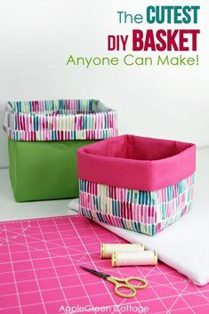 Small Sewing Projects, Sewing Projects For Beginners, Sewing Hacks, Sewing Tutorials, Sewing Patterns, Sewing Pattern Storage, Tutorial Sewing, Bag Tutorials, Purse Patterns