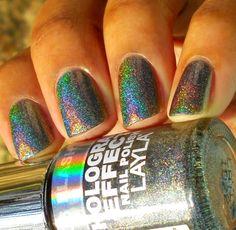 Layla Flash Black Hologram Effect Swatch, I need this polish!!