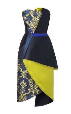 Shop Strapless Organza Brocade Draped Cocktail Dress In Cobalt. This strapless organza brocade cocktail dress from Bibhu Mohapatra features a fitted bodice, asymmetric belt accent, and a hand-draped wrap-effect skirt. African Inspired Fashion, African Print Fashion, Africa Fashion, Ankara Fashion, African Attire, African Wear, African Women, African Style, Look Fashion