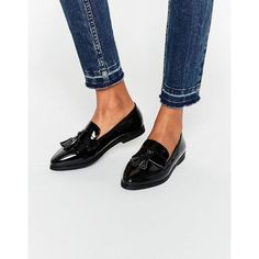 Daisy Street Black Patent Tassel Flat Loafer Shoes ($36) ❤ liked on Polyvore featuring shoes, loafers, black, slip-on loafers, flat pumps, black tassel loafers, slip on shoes and slip-on shoes