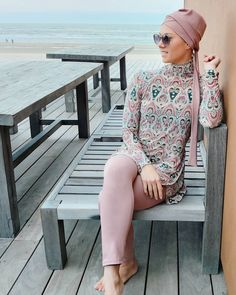 GORGEOUS! The Bahamas modest swimwear is made for trendy girls!  Bahamas burkini combines comfort with modern style in a colorfull print combined with gorgeous turban and pants in blush color.  You will receive 3-piece full cover swimsuit:  - Colorful print dress with long sleeve and wrists.  - Blush pants.  - Blush Separate Head-piece. Smart headpiece that can be worn in many ways! Shop now! Free shipping to all countries! #islamicswimwear #hijabswim #trendygirls #modestswimwear #boerkini Head Piece, 3 Piece, Islamic Swimwear, Fashion Outfits, Womens Fashion, Fashion Trends, Swimwear Brands, Blush Color, Swimsuit Cover