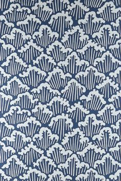 Aranami meaning raging waves; is taken from a painstakingly crafted papercut design which Farrow & Ball upscaled to create a detailed, flowing pattern. Full roll width is 53cm/21
