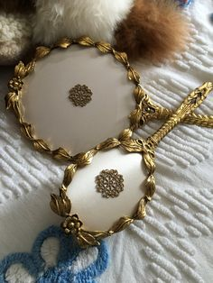Vintage Vanity Mirror and Brush Set by Globe 24Kt Gold Plated Non Tarnishable in Excellent Condition & Vintage Silver Plated with Gold Plated Bow Mirror \u0026 Brush Vanity Set ...