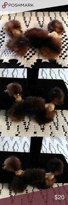 VINTAGE POODLE BROOCH SO OLD, SEE PICTURES FOR DESCRIPTION Jewelry Brooches